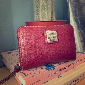 Authentic dooney &bourke pebble leather wallet